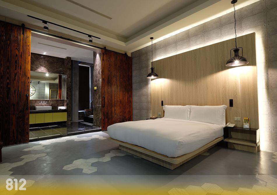台南汽車旅館|台南旅館|台南摩鐵-為楓精品渡假別館 | 客房介紹-璀燦套房812