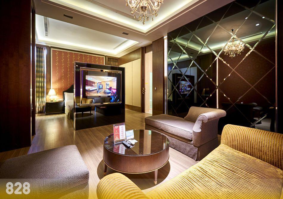 台南汽車旅館,台南旅館,台南摩鐵-為楓精品渡假別館 | 客房介紹-璀燦套房828
