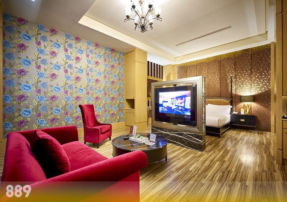 台南休息-為楓精品渡假別館   客房介紹-奢華套房889